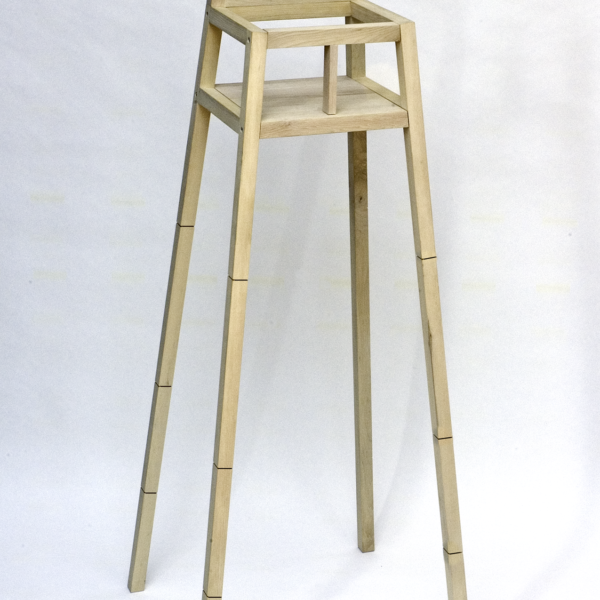 Highchair by Maartje Steenkamp
