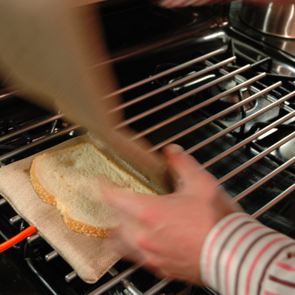 Toaster by Didier Hilhorst & Nicholas Zambetti