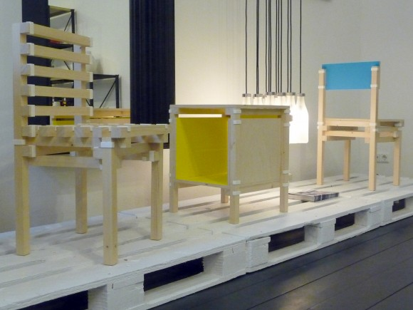 Downloadanle design @ DAD Gallery in Berlin
